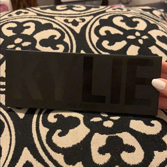 Kylie Cosmetics Other - Kylie Jenner Eyeshadow Palette